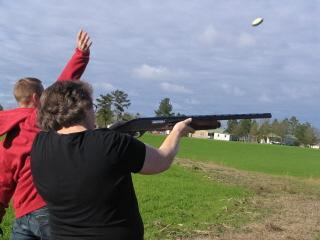 Mom shooting claypigeons