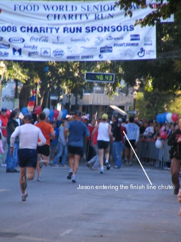 jason-entering-the-finish-line-chute